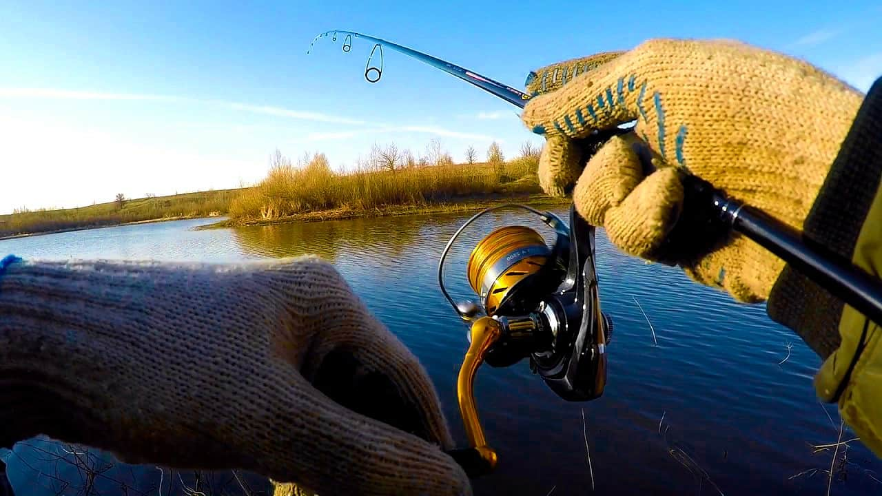 Ultralehký vláčecí prut je skvělá věc pro rybáře, kteří chodí na frekventované revíry