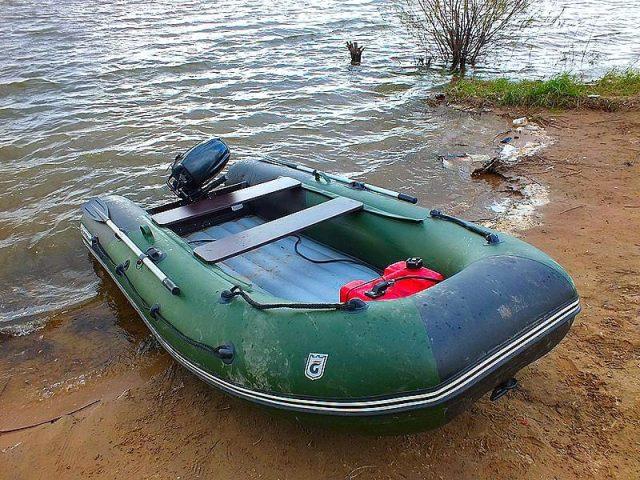 Rybářské nafukovací čluny jsou vhodné pro přívlač na velkých řekách a přehradách