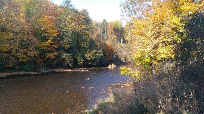 pstruhová řeka je ideální terén pro francouzskou nymfu